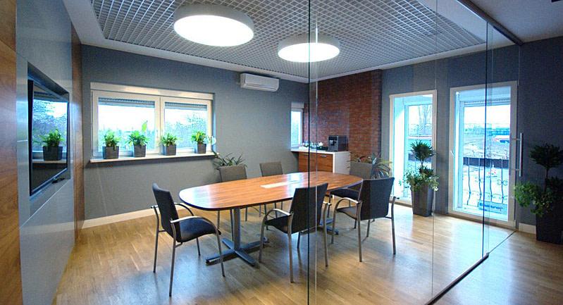 projekt wnętrz biurowych sala konferencyjna